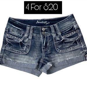 Amethyst Jean Shorts Juniors Size 3 Flip Pockets